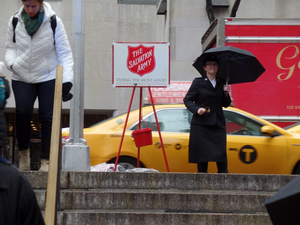 Rockefeller-Center-Christmas-Salvation-Army-EiT