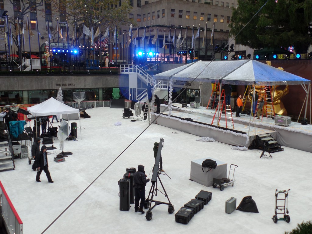 Rockefeller-Center-Christmas-Tree-Show-NBC-Preproduction-EiT