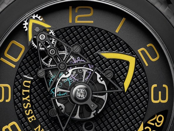 ulysse-nardin-freakwing-cover