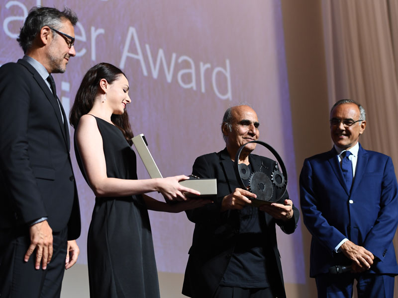 "Amir Naderi receiving the ""Jaeger-LeCoultre Glory to the Filmmaker Award"""