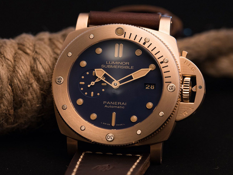 COVER-Panerai-Bronzo-Blue
