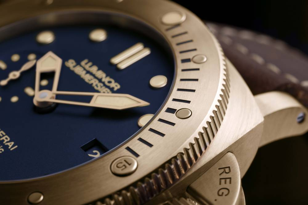 Panerai-Luminor-Submersible-Bronzo-Blue-PAM00671-2