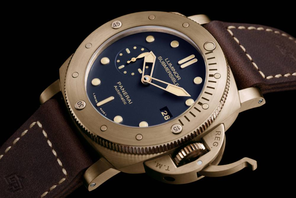 Panerai-Luminor-Submersible-Bronzo-Blue-PAM00671-3