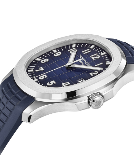 Patek-Philippe-Aquanaut-5168G-20th-anniversary-angleview-Perpetuelle