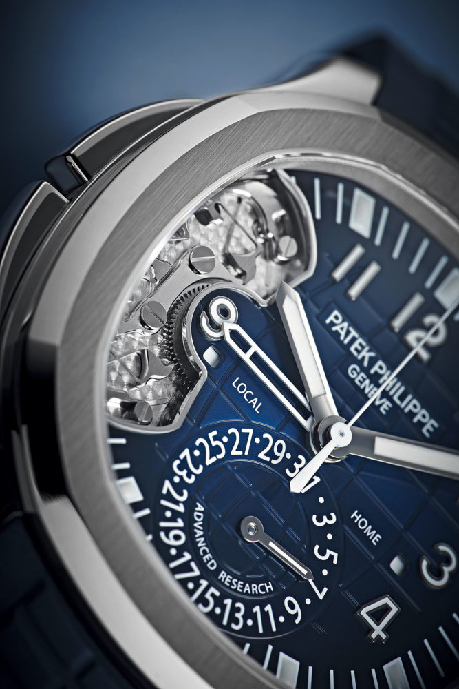 Patek-Philippe-Ref-5650G-Aquanaut-Advanced-Research-dial-detail-Perpetuelle-667x1000