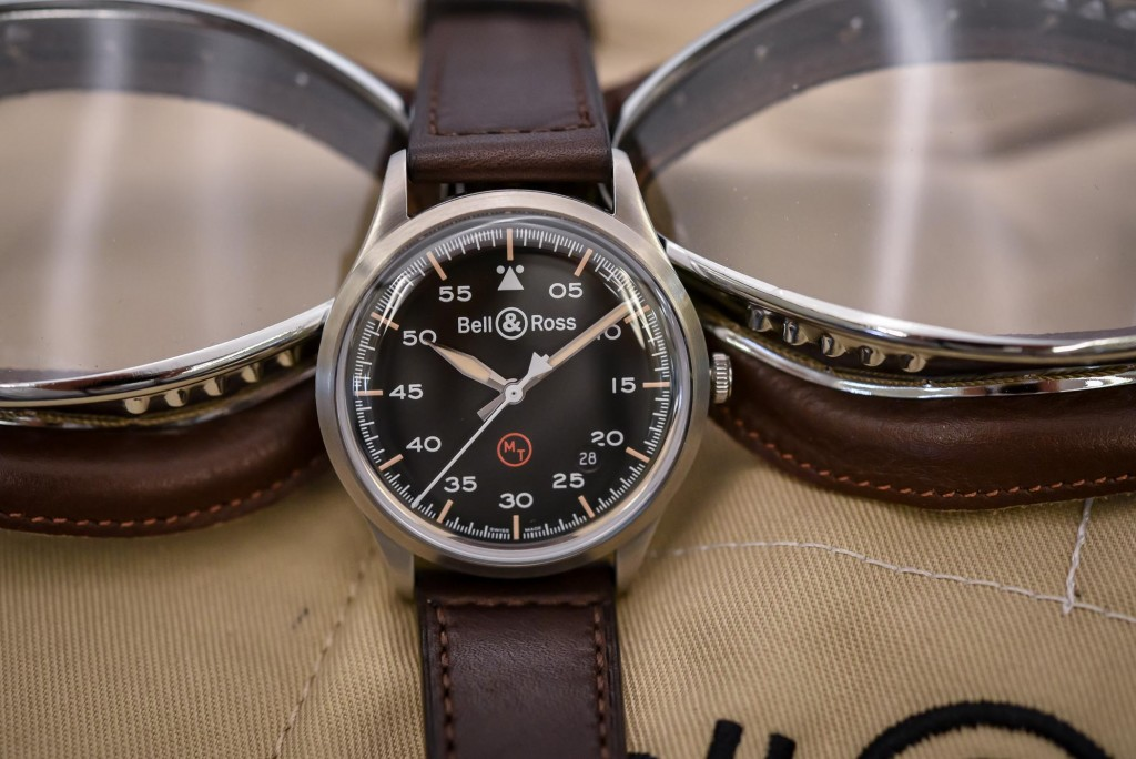 Bell-and-Ross-Vintage-BR-V1-92-Military-2