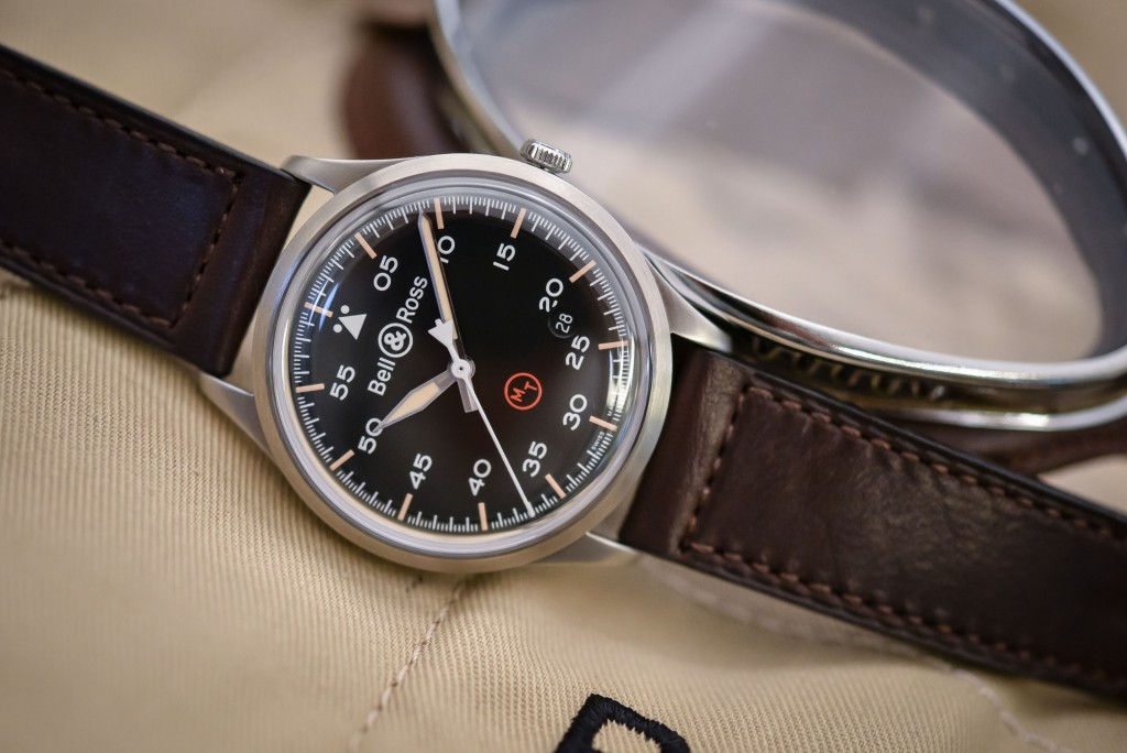 Bell-and-Ross-Vintage-BR-V1-92-Military-4