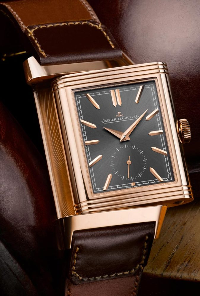 Jaeger-LeCoultre-Duoface-Reverso-with-Casa-Fagliano-Cordovan-Strap-close-up-Perpetuelle-674x1000