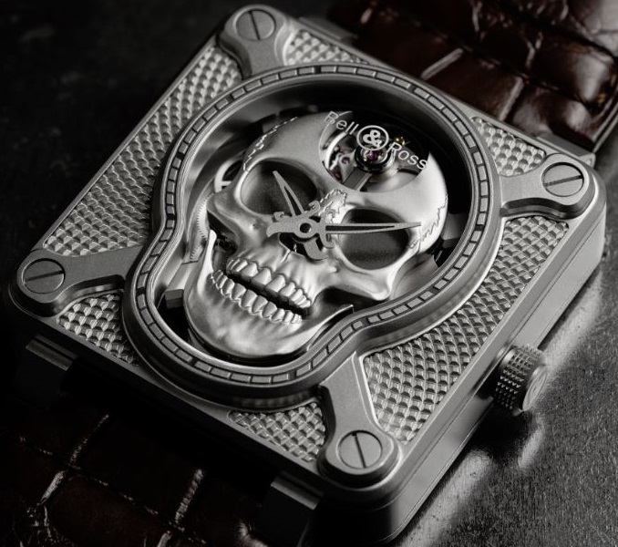 BellRoss-Lauging-Skull-Case-Pic---EiT - Copy