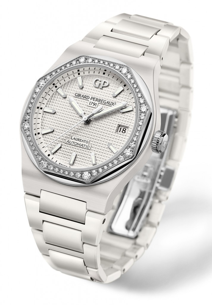 Girard-Perregaux-Laureato-38mm-Ceramic-White-713x1024