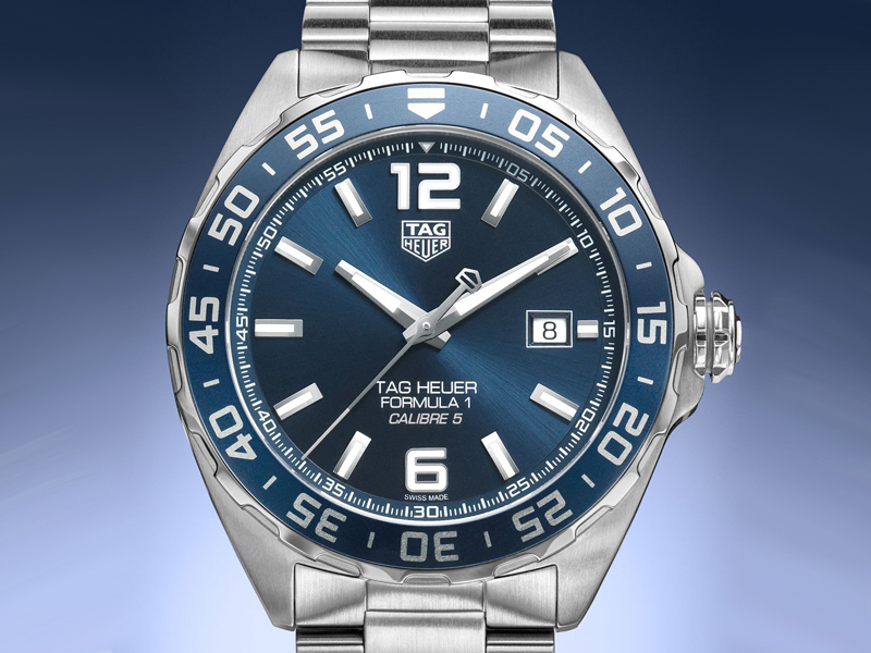 COVER-TAG-Heuer-Bucherer-BLUE-Cover-EiT
