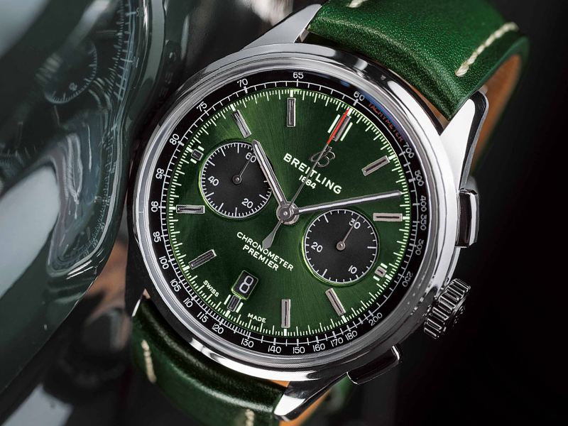 COVER-Breitling-Bentley-British-Racing-Green-