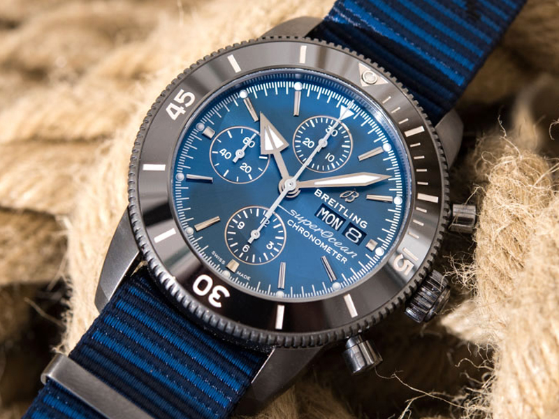 COVER-Breitling-SuperOcean-OuterKnown-EiT