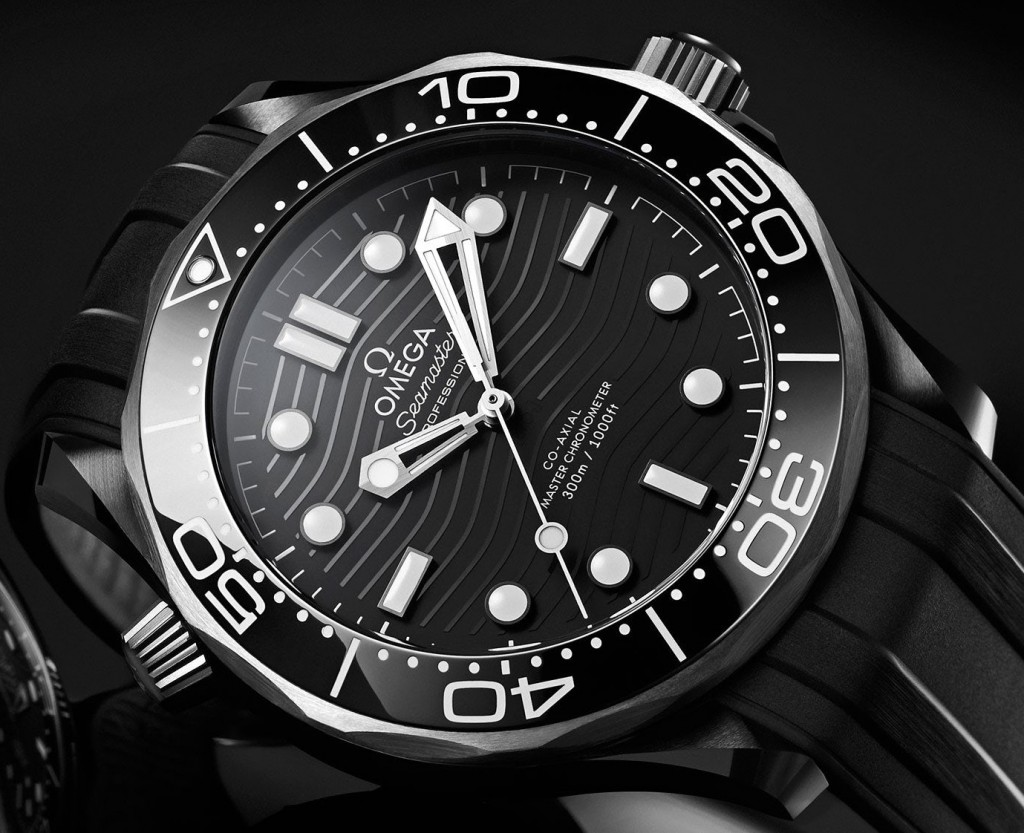 Omega_Seamaster _Diver _300M Black _Ceramic_and_Titanium -210.92.44.20.01.001 - 06