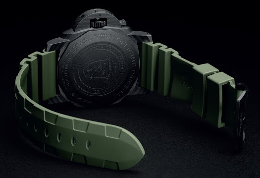 Panerai-Submersible-Marina-Militare-Carbotech-PAM961-Special-Edition-002