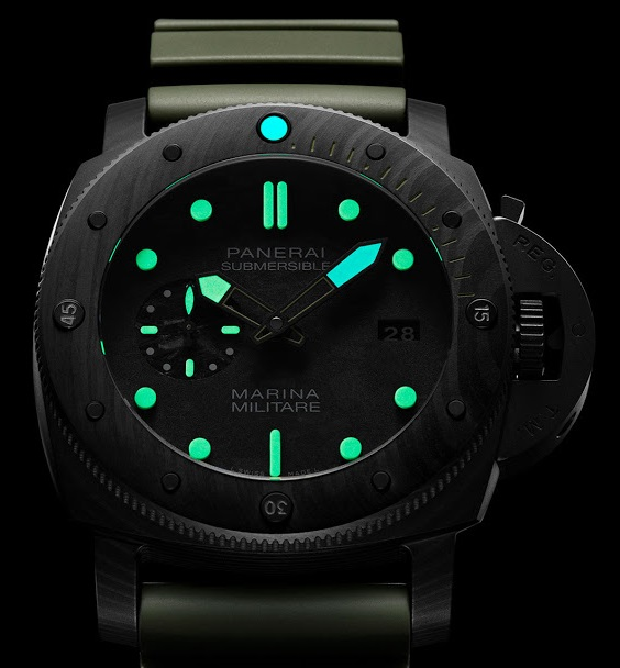 Panerai-Submersible-Marina-Militare-Carbotech-PAM961-Special-Edition-004